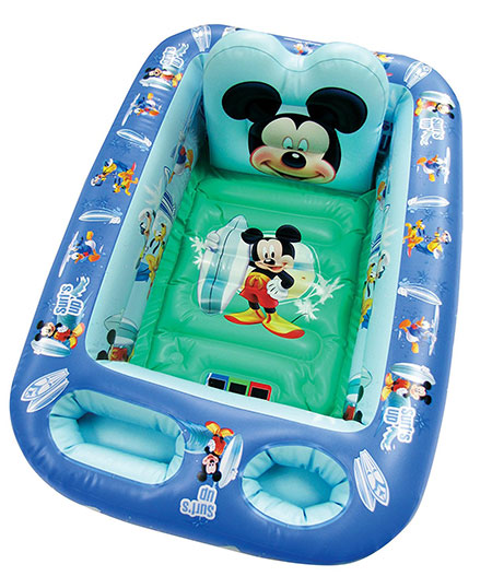 Disney-Pixar-Cars---Inflatable-Safety-Bathtub-for-Baby