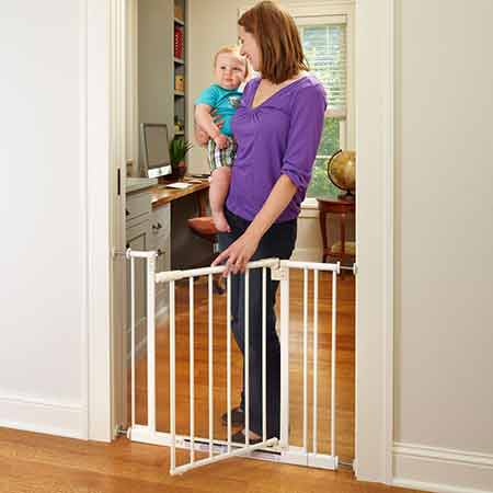 North-States-Supergate-Easy-Close-Metal-Gate