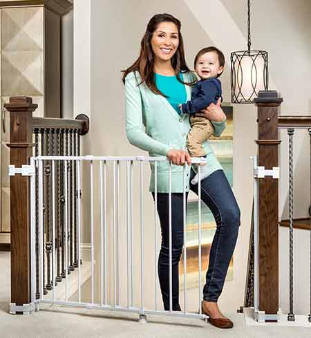Regalo-Top-Of-Stairs-Expandable-Metal-Gate